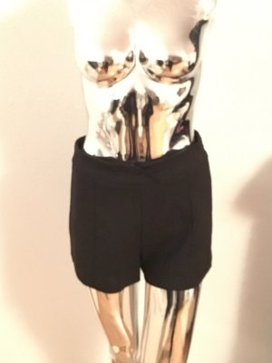 Schwarze Short von Zara M