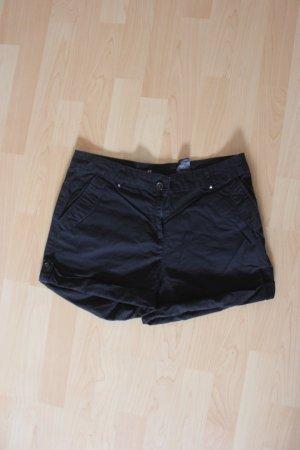 schwarze Shorts H&M