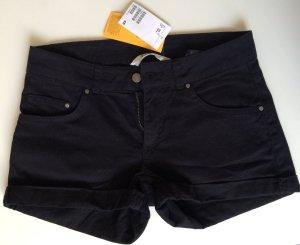 Schwarze Shorts / Hot Pants von H&M Neu mit Etikett