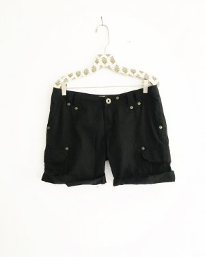 schwarze shorts / vintage / cargo / black pants / boho / hippie / festivallook