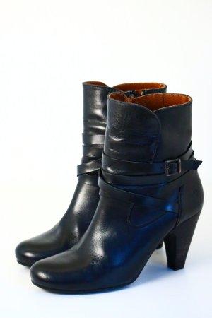 Schwarze sixtyseven Stiefel aus Leder