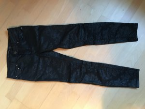 Schwarze Skinny Hose beschichtet mit Muster 34
