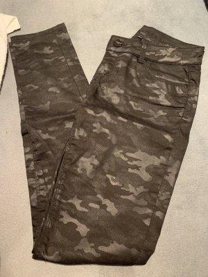 schwarze Skinny Jeans von Hallhuber