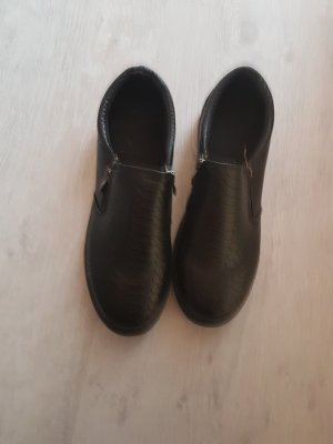 Schwarze Slipper Größe 40