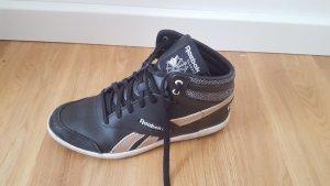 Schwarze Sneakers von Reebok