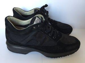 """Schwarze Sneakers zum Schnüren von """"Hogan"""" / Gr. EU 40"""