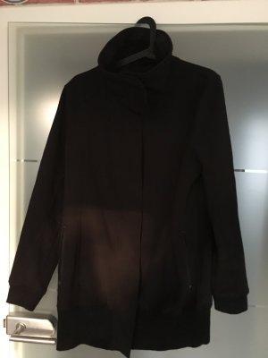 Schwarze Softshell Jacke mit Schalkragen