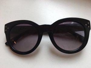 Schwarze Sonnenbrille von Oscar de la Renta