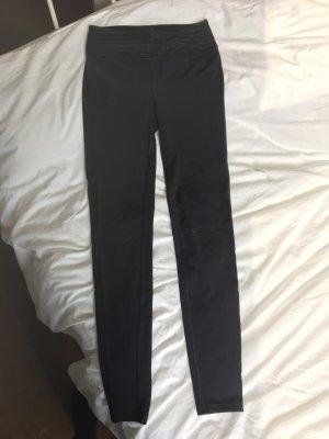 SOC pantalonera negro