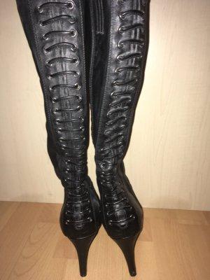Schwarze Stiefel Größe 38
