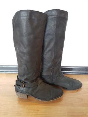 Schwarze Stiefel, Größe 40