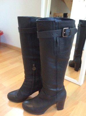 Schwarze Stiefel von Geox
