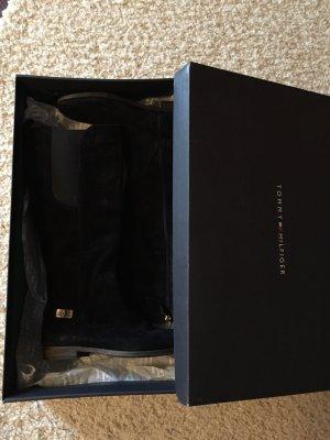 Schwarze Stiefel von Tommy Hilfiger in Größe 38