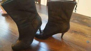 Schwarze Stiefelette, Glattleder,Gr. 41, 9cm