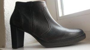 schwarze Stiefelette von Gabor in Größe 39