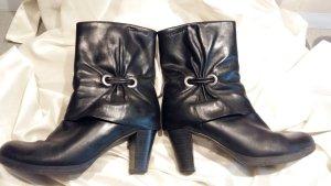Tamaris Platform Booties black leather