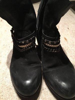 Martina Buraro Zipper Booties black