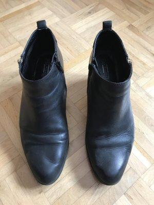 Schwarze Stiefeletten von 5th Avenue