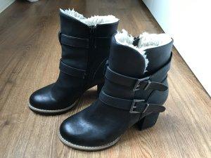 Schwarze Stiefeletten von C&A, Größe 38