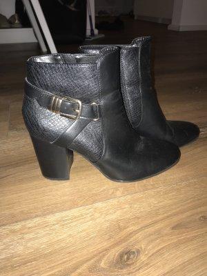 schwarze Stiefeletten von Graceland