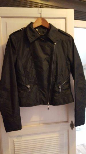 Schwarze Stoff-Bikerjacke