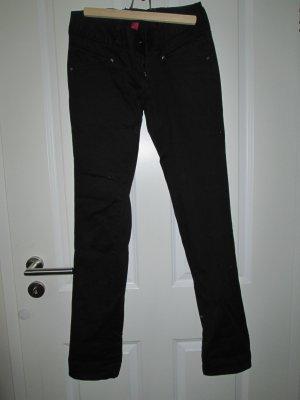 schwarze Stoffhose - lange Beine