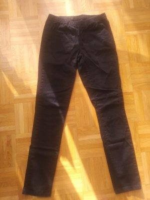 Schwarze Stoffhose von Pieces