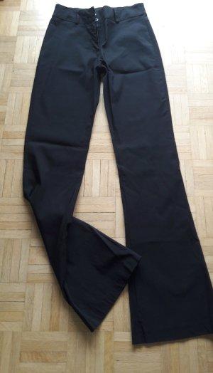 Schwarze Stoffhose von Xanaka
