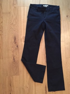 Schwarze Stoffhose von Zara
