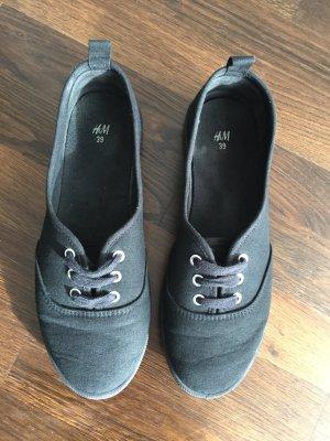 Schwarze Stoffschuhe von H&M