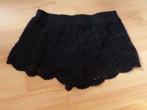 Schwarze Strick-Hippie-Shorts