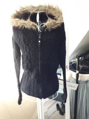 schwarze Strickjacke mit Fellkapuze von Only