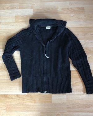 Schwarze Strickjacke mit Reißverschlüss von yessica