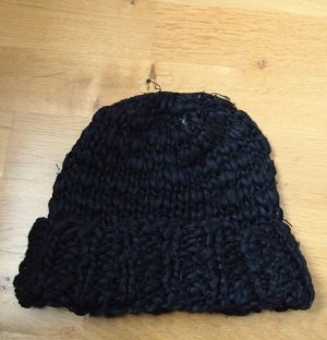 H&M Knitted Hat black polyacrylic