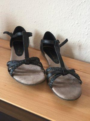 Schwarze Tamaris Sandalen für schöne Sommertage