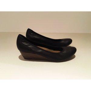 Schwarze Tamaris Schuhe mit Absatz, 1x getragen, Gr.39