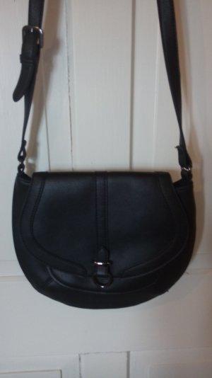 Schwarze Tasche aus Lederimitat