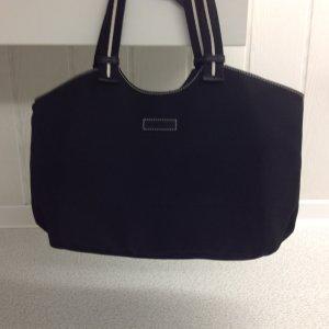 Schwarze Tasche aus Nylon