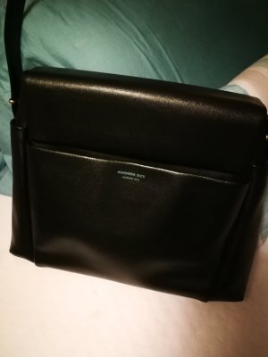95bf05ac21 Mandarina Duck Shoulder Bags at reasonable prices | Secondhand | Prelved