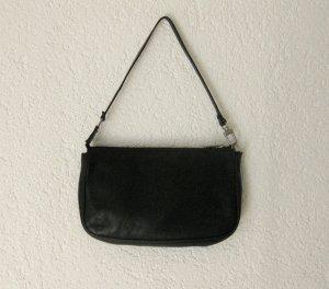 schwarze Tasche von René Lezard