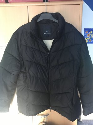 Schwarze Tom Tailor Winterjacke Gr 44