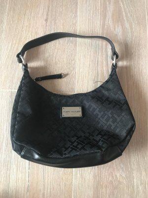 Schwarze Tommy Hilfiger Handtasche