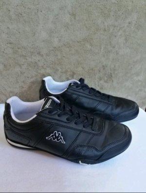 Schwarze Turnschuhe Sneaker Kappa