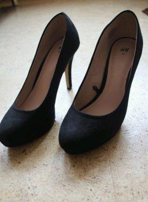 schwarze ungetragene High heels