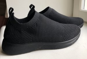 Vagabond Slip-on Sneakers black