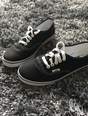 Schwarze Vans Halbschuhe Sneaker Gr. 37