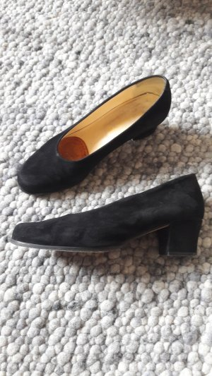 Schwarze Velourleder Pumps