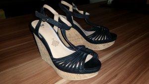 Schwarze Wedges Sandaletten
