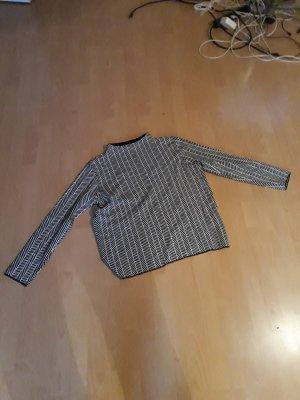 Schwarze/ weiser Pullover