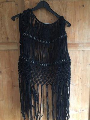 Schwarze Weste von Zara mit langen Fransen